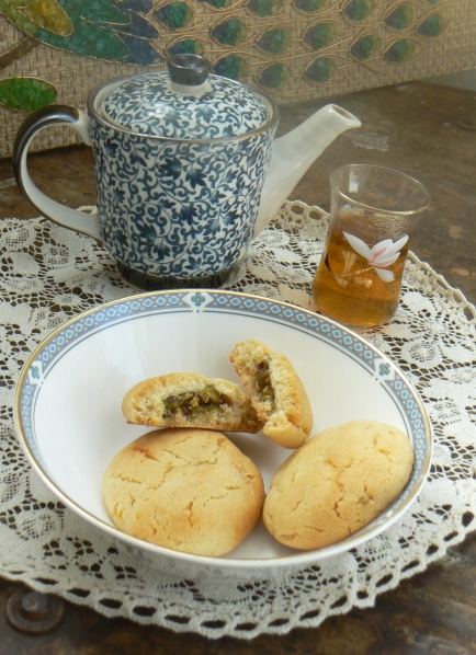 Biscuit Pistachio Honey Lemon Tea Service After