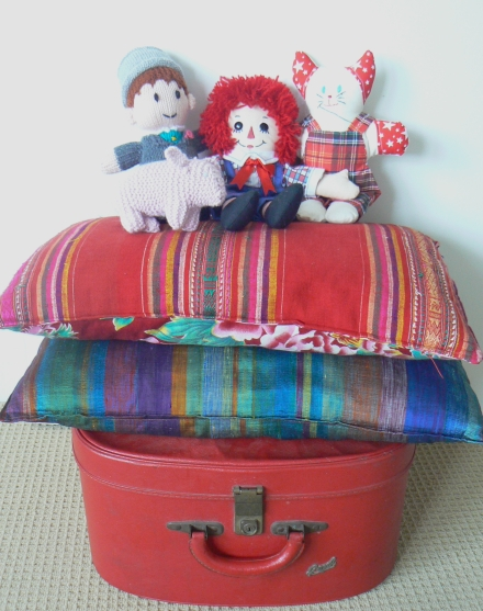 Awesome Facts Suitcase Cushions Raggedy Andy Doll Knitted Toys