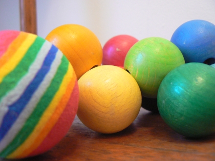 RAinbow Toys Balls Baubles Manhattan Wooden