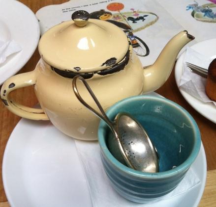 Tricycle Salamanca Tasmania Cafe Vintage Teapot