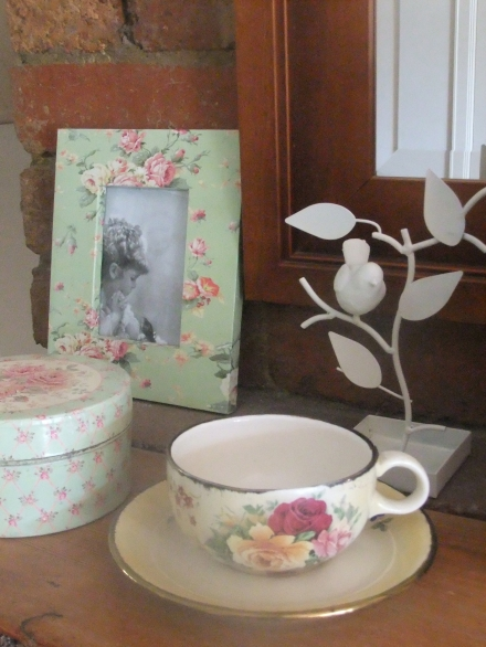 Home Teacup Photo Frame Mantel Shabby Chic