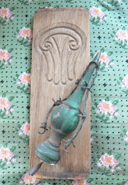 Inspiring Salvaged Antique Wood Green Fence Post Barbed Wire