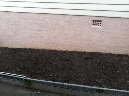Clear Garden Bed Preparation Dig Dirt Earth