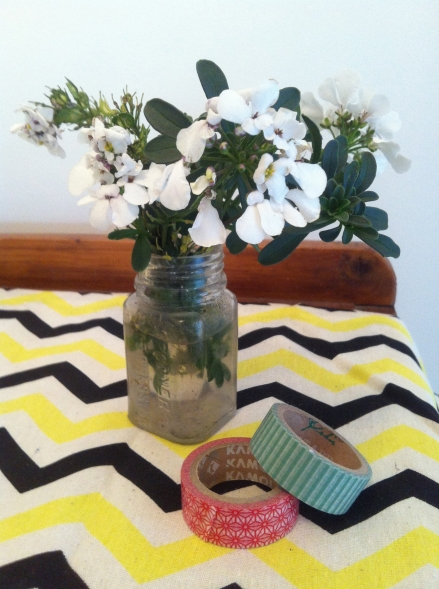 Full Vintage Jar White Flowers Washi Tape