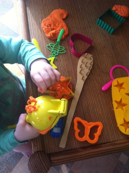 Artful Play Dough Garlic Press Worms Kids Creative