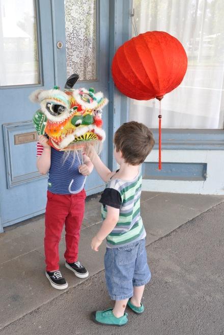 Chinese Lunar New Year Many Cha Cha Lion Dragon Lantern Parade